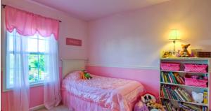 purple room pink thin