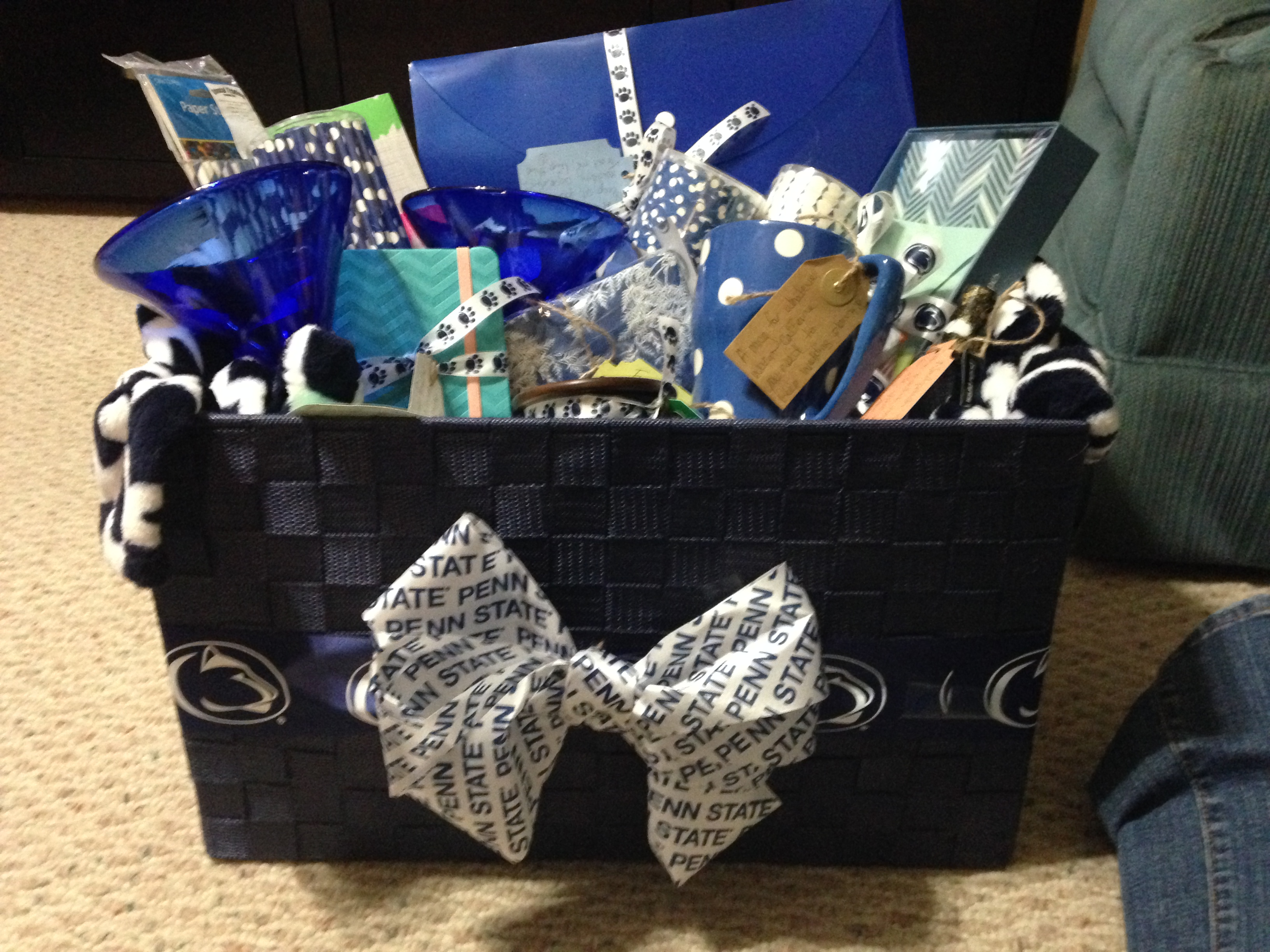 Penn State Wedding Gifts: Engagement Party Gift Basket: PSU Themed!